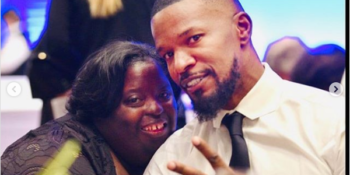 Jamie Foxx with his late younger sister DeOndra Dixon