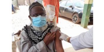 Controversial Islamic cleric, Sheikh Ahmad Gumi receiving COVID-19 AstraZeneca vaccine.